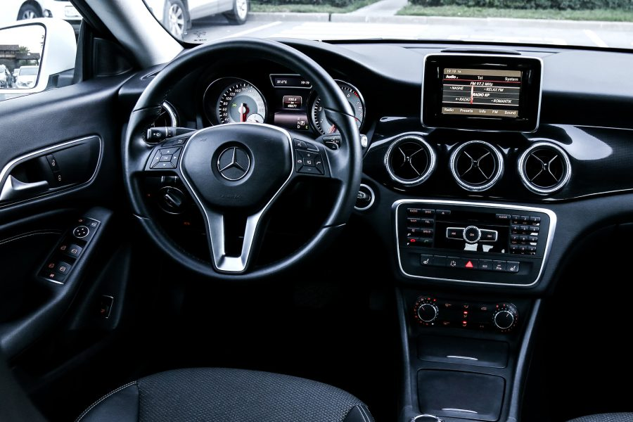 Mercedes Benz Radio System Issues and Resolutions - Laguna Niguel