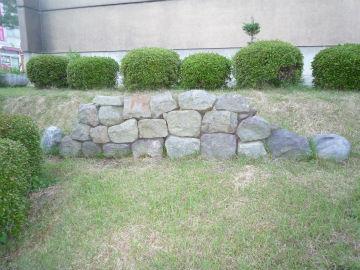 二本松藩丹羽家上屋敷跡出土の石垣石材の写真