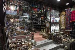Oman: Laden im Mutrah-Souk in der Hauptstadt Maskat. Foto: www.nikkiundmichi.de