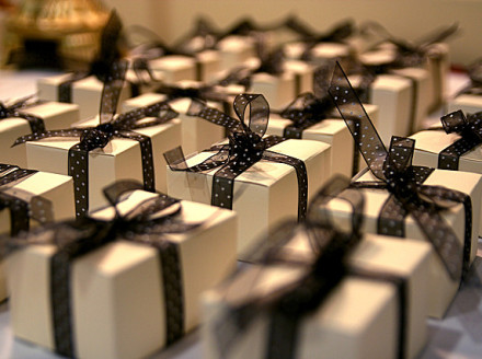 The Etiquette of Gift-Giving in Business The Nimble Blog