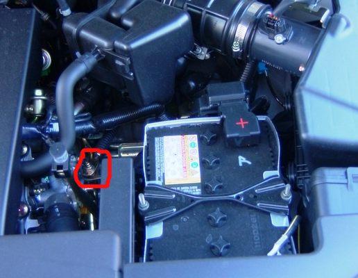 2009 mustang fuel filter location