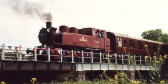 Tkh 7646 'Northampton' crossing Bridge 13