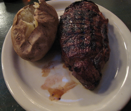 The New York steak, juicy and absolutely delicious!