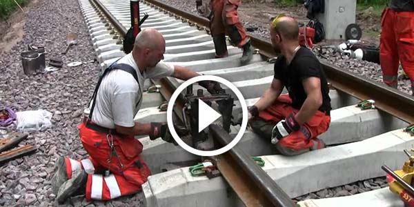INSANELY DANGEROUS Railroad Thermite Welding In Storfors, Sweden - thermite welding
