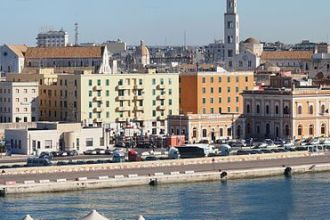 Un panorama di Bari