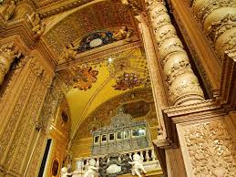 Tourist Places to visit in Goa - Gilded altar, Se Cathedral , Goa