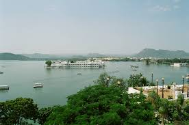 Tourist places to visit in Udaipur - Lake Pichola