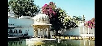 Tourist places to visit in Udaipur - Sahelion Ki Bari