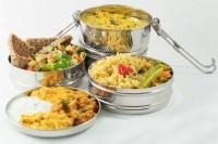 Essen mitnehmen, ohne Mll zu produzieren: The Tiffin ...