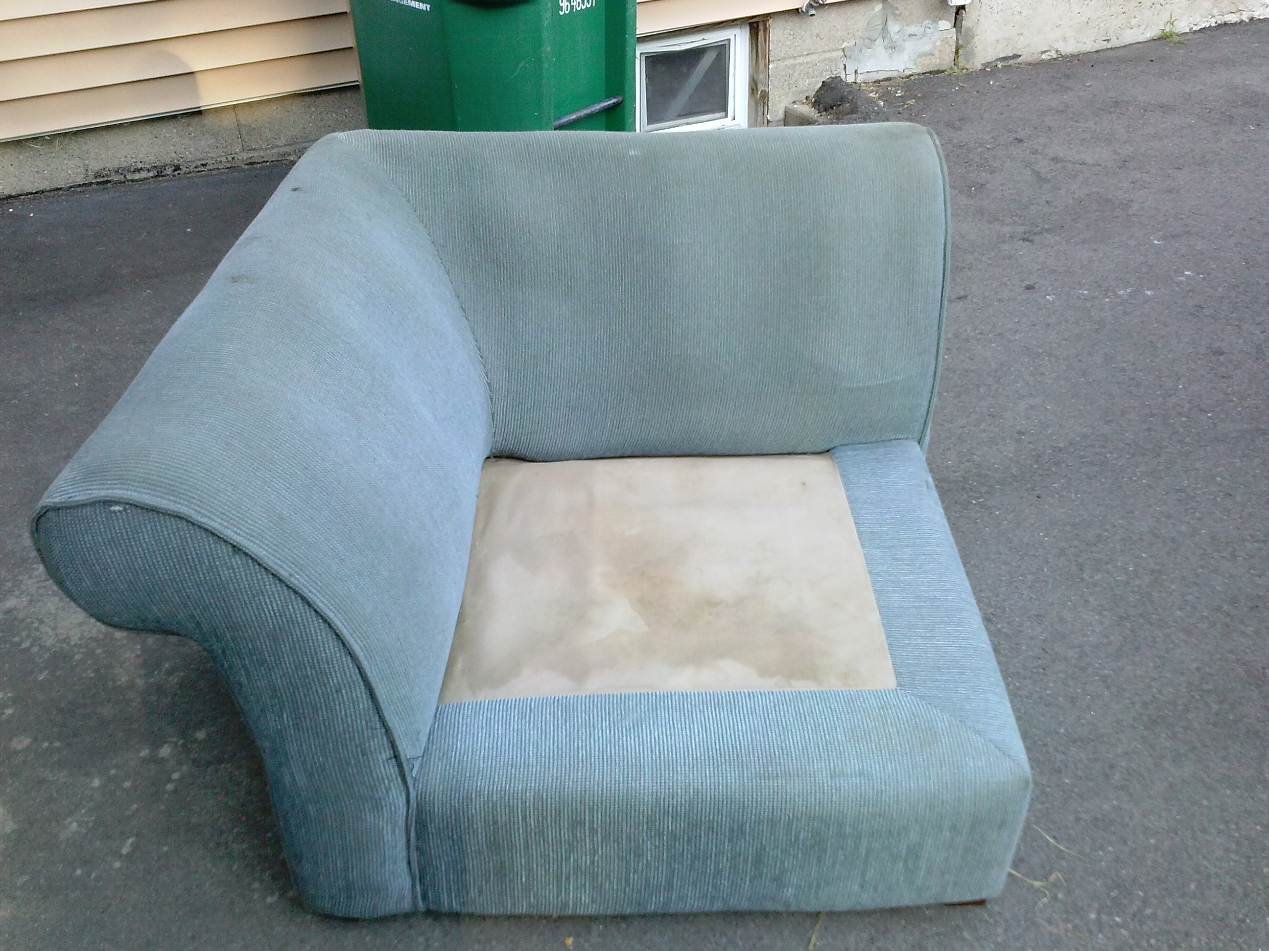 How To Get Free Furniture For Low Income Families Free Furniture And Discounted Furniture For