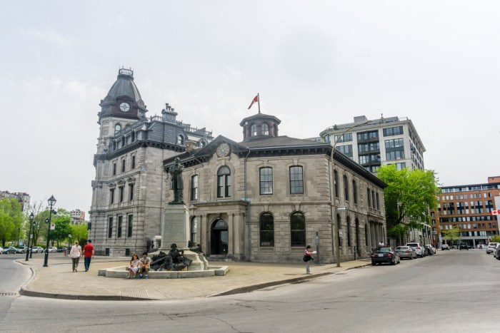 Beautiful buildings and sights we saw while taking a walk around Montreal. From http://www.nonstopfromjfk.com