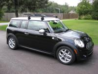 Yakima roof rack w/ Q-towers installed - North American ...