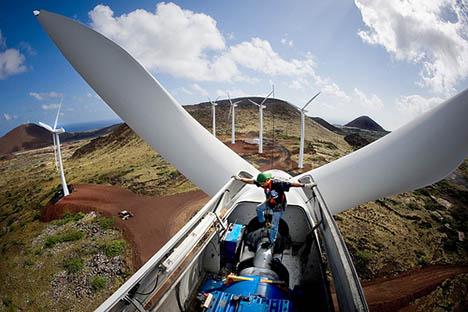 Training Tower Helps Get New Wind Turbine Maintenance Technician