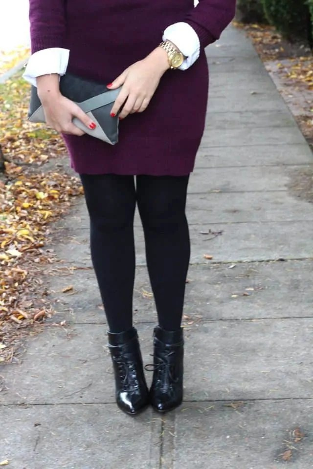 fleece lined tights with ankle boots are perfect for sweater weather