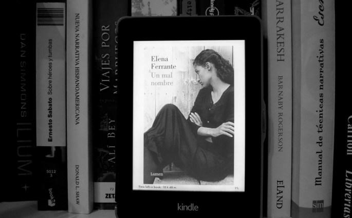 Dos amigas, Elena Ferrante