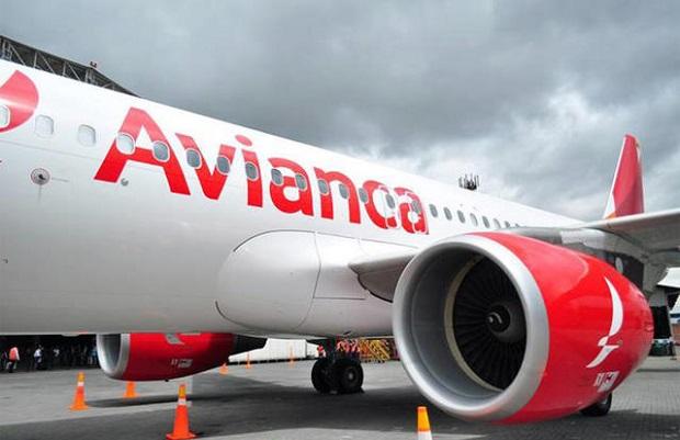 """Dos Sukoi venezolanos """"obligaron"""" a avión de Avianca a desviarse"""