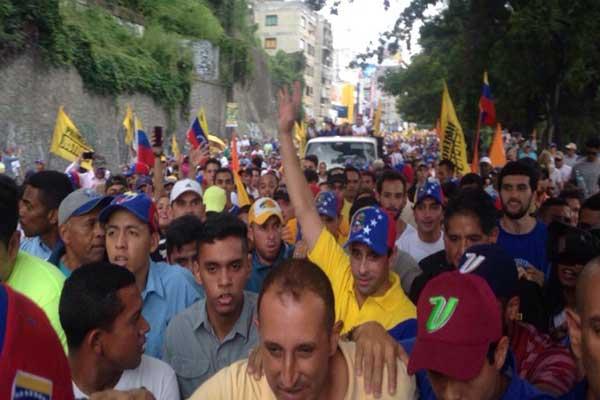 Resultado de imagen para foto marcha opositora venezuela avenida fajardo 26 octubre 2016