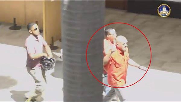 Jorge Rodríguez encabezó grupo oficialista que irrumpió violentamente en el Hemiciclo (Imágenes)