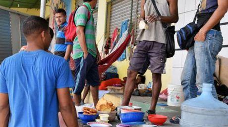 venezolanos-convirtieron-pacaraima-foto-folha_nacima20161004_0003_6