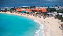 Va por 60 cuartos y remodelación icónico Club Med de Cancún