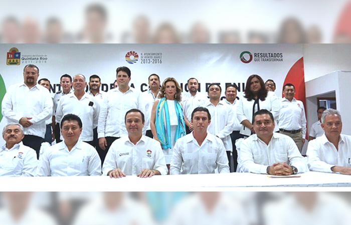Presenta Remberto Estrada equipo de transición para Benito Juárez