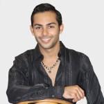 Joven Carlos Yamil Gonzalez en Ascenso en el Mundo del Modelaje