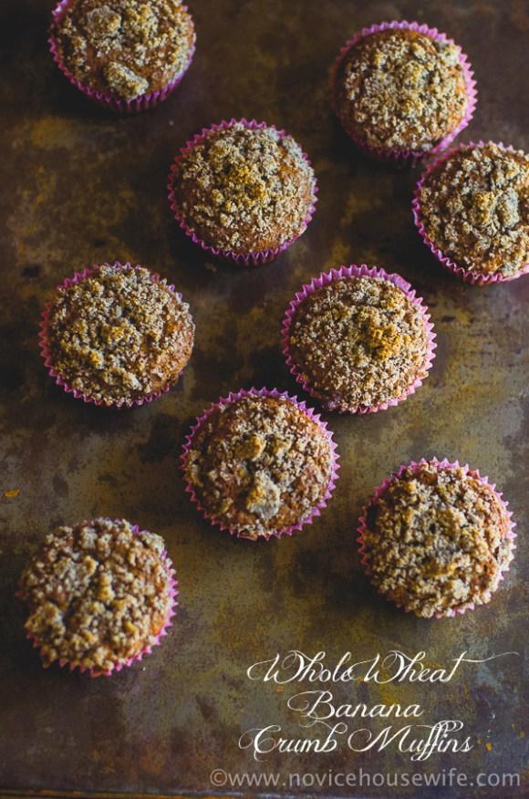 whole wheat banana crumb muffins-002