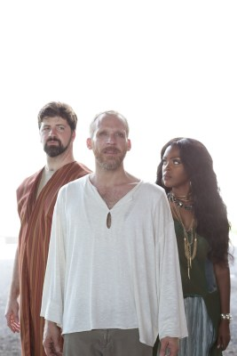 primary-Jesus-Christ-Superstar-1469657901