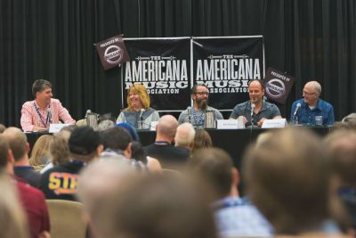 """An """"Alternatives to Labels"""" panel at a previous AMA Conference. Courtesy of AMA."""