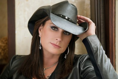 primary-A-Solo-Acoustic-Evening-with-Terri-Clark-1476477187