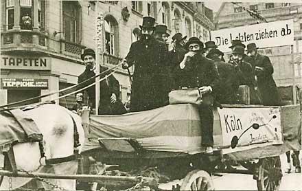 Antisemitischer Mottowagen Köln 1934 (Foto: NS-Dokumentationszentrum Köln)