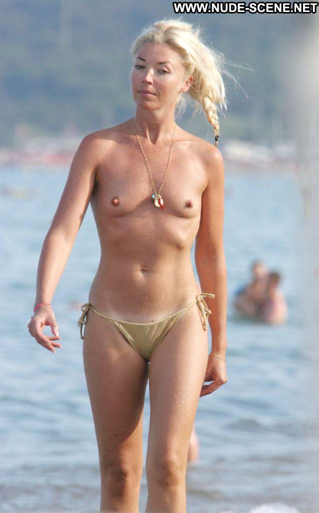 nude beach female tits