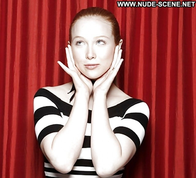 Molly Quinn Pictures Redhead Teen Celebrity