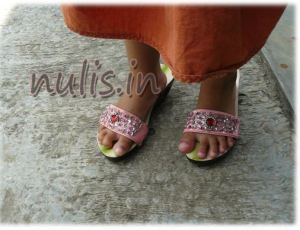 toko sepatu dan sandal