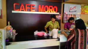Cafe Moro  Purwokerto : Aneka Jajanan Lengkap