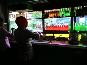 Bakso & Bubur Pancurawis : Rasa Lumayan Pelayan Bikin Kesal