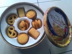 Hollanda Butter Cookies : Berasa Banget Butternya