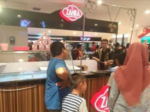 Ini Yang Menyebabkan Zahra Turkish Es Krim Dipadati Pembeli