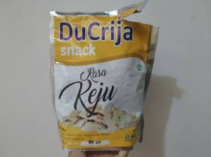 Ducrija Snack Rasa Keju : Renyahnya Jamur Kriuk