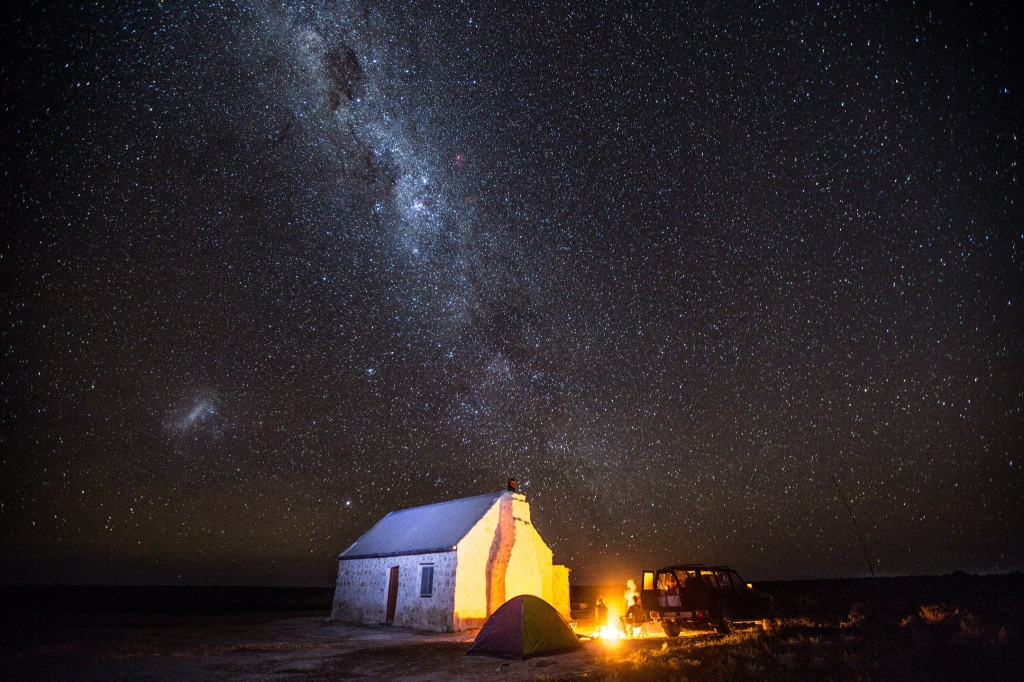 Hd Goggles Wallpaper Night Photography And The Nullarbor Nullarbor Roadhouse