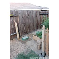 Small Crop Of Diy Fence Garden