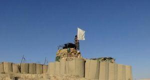 taliban-capture-army-post