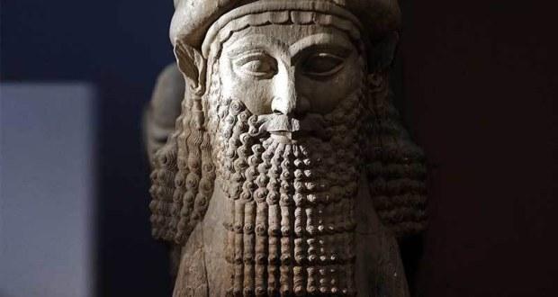 د نمرود خټينه خيالي مجسمه «انځور له ګوګل څخه»
