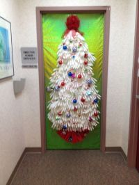 More Creative Christmas Decor Ideas For Nurses