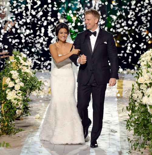 http://i0.wp.com/www.nwasianweekly.com/wp-content/uploads/2014/33_06/com_wedding.jpg?resize=500%2C510