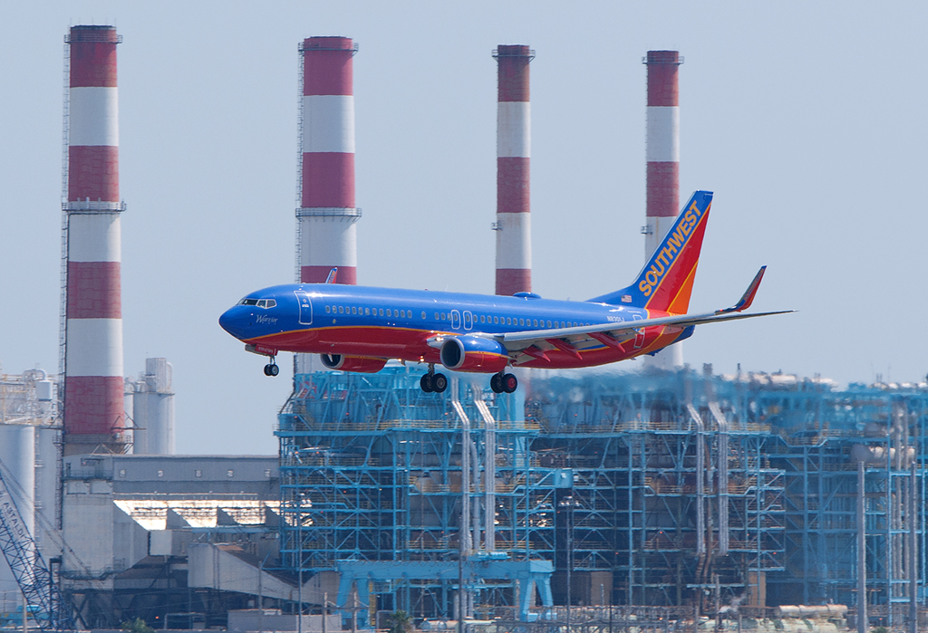 Why Southwest\u0027s First Boeing 737-800 Is Kind of a Big Deal with