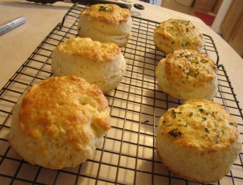 mariel-chua-nyminutenow-buttermilk-biscuits-1