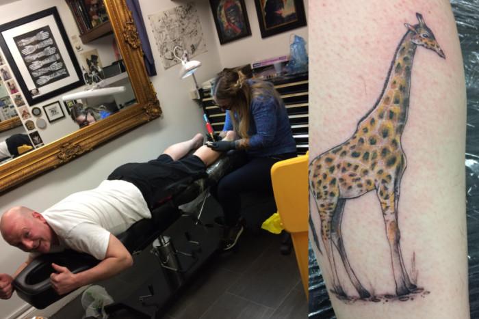 Stuart Scott fulfills fundraising promise to get tattooed!