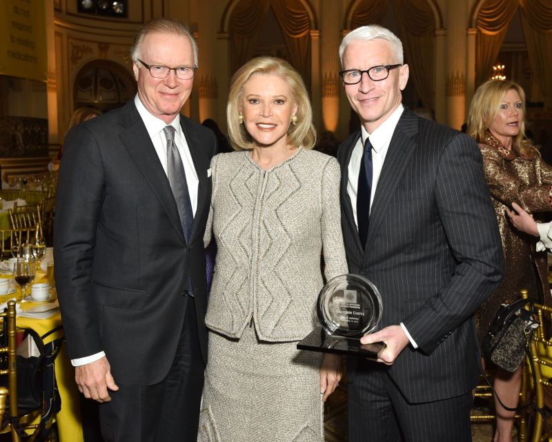 Chuck Scarborough, Audrey Gruss and Anderson Cooper_ Credit Jared Siskin