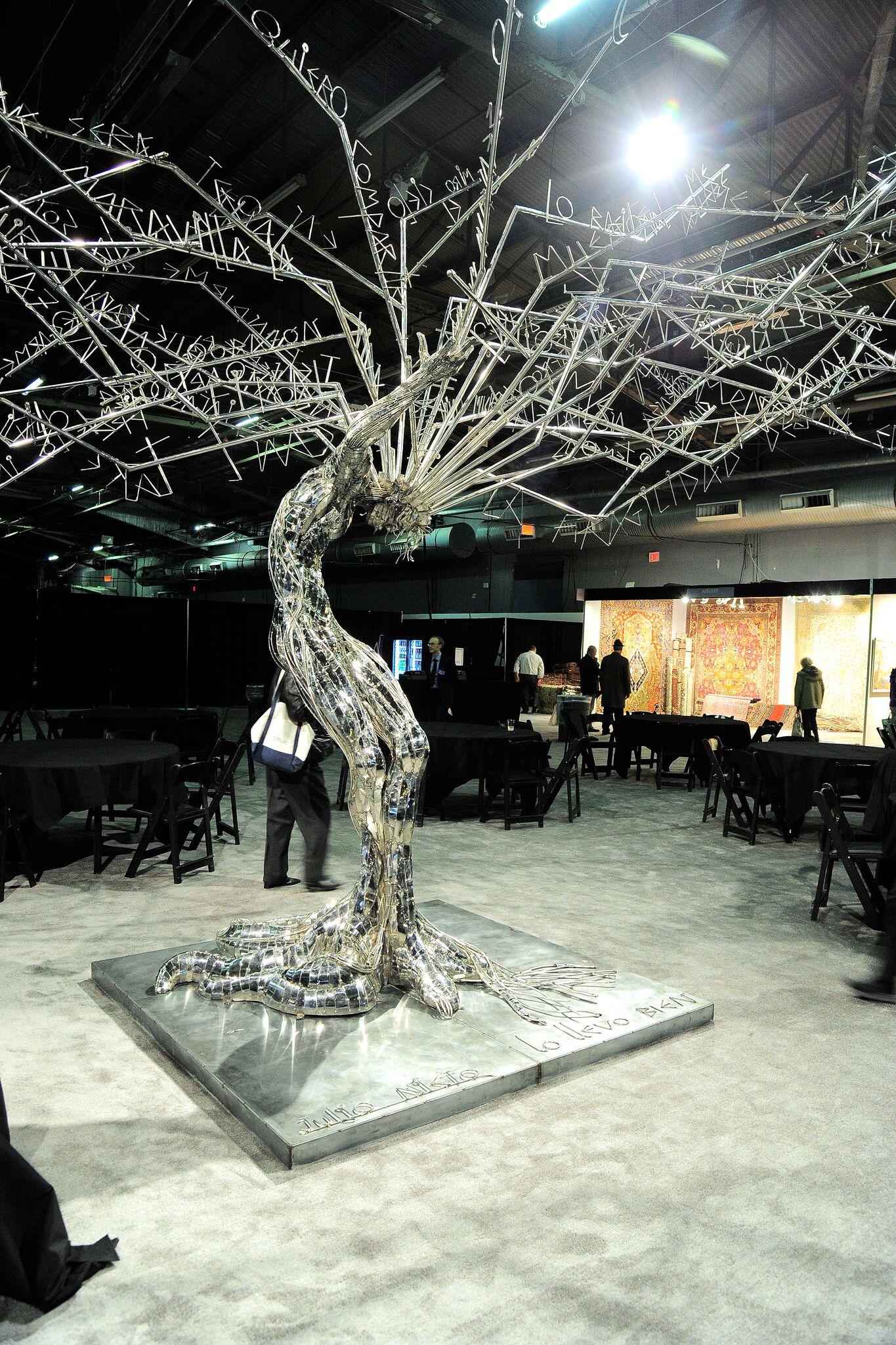 Palm Beach Show Group Hosts Opening Preview Party for The New York Art, Antique & Jewelry Show benefitting Lauren Bush Lauren's FEED Foundation